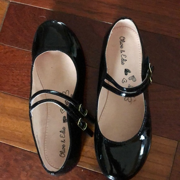 little girl patent leather shoes